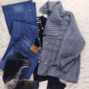 a.n.a. A New Approach Grey Cropped Knit Cardigan